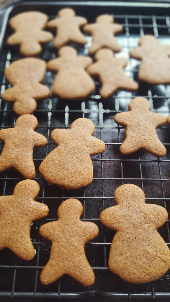 gingerbread men gingerbread girls cookies